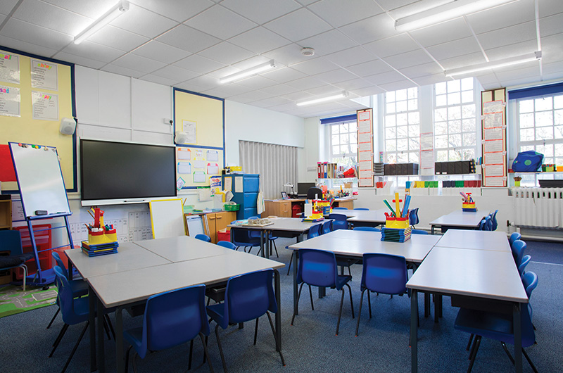 Photo-Gallery-education-additional-app4-clx-led-strip-light.jpg